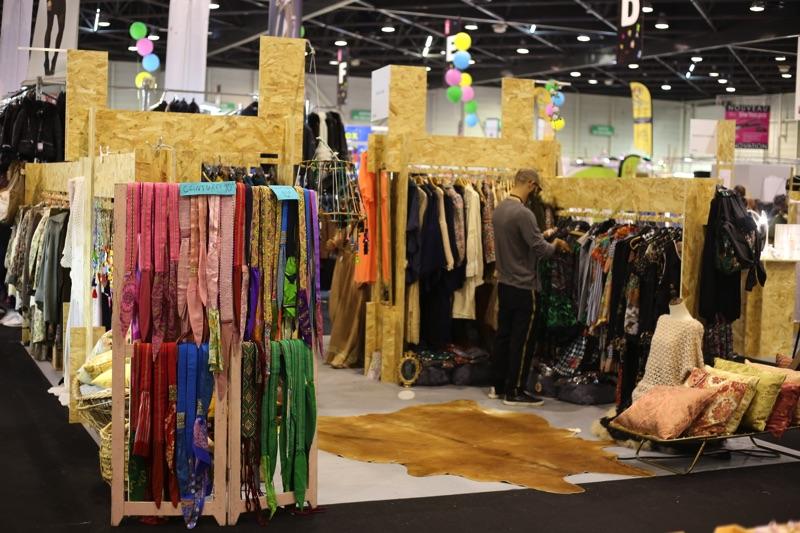 production stand evenementiel espace createur foire de marseille make it marseille