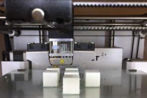 impression-3D-cubes-de-féta-réalistes-agence-la-major-make-it-marseille2