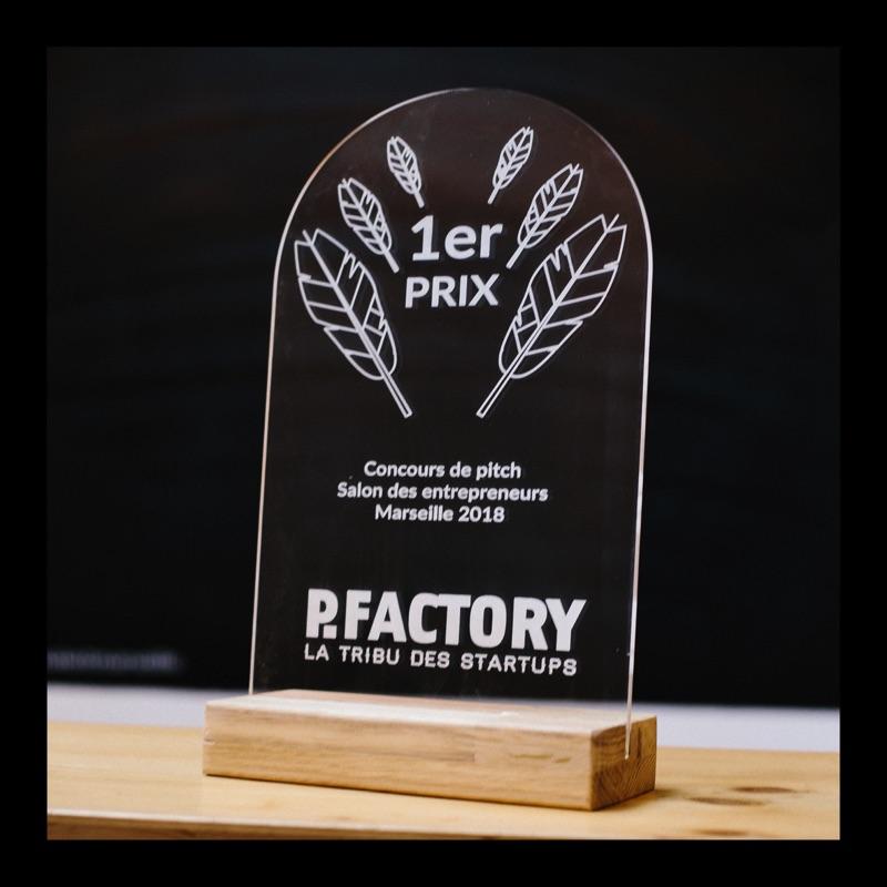 conception, trophées personnalisés, gravure laser, usinage numérique, sur mesure, Make it Marseille, Pfactory